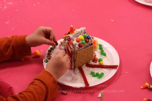 Blog_gingerbread house_brian_mark 021