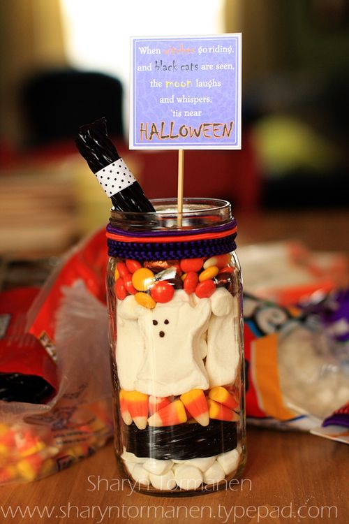 Blog_halloween treat jar 003