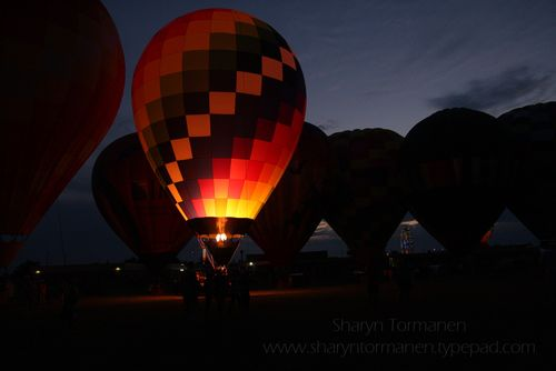 Blog_balloonfest saturday night 453