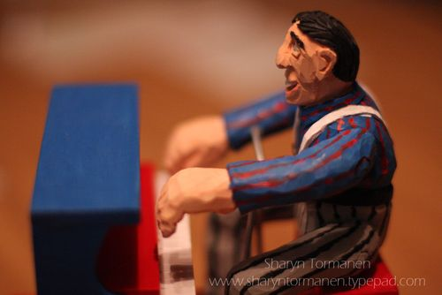 Blog_carving_piano man 002