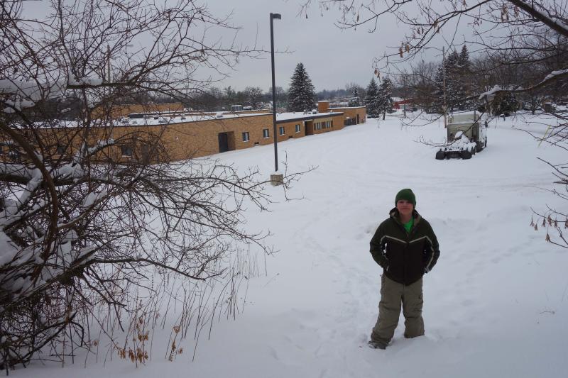 B_feb snowshoe 001