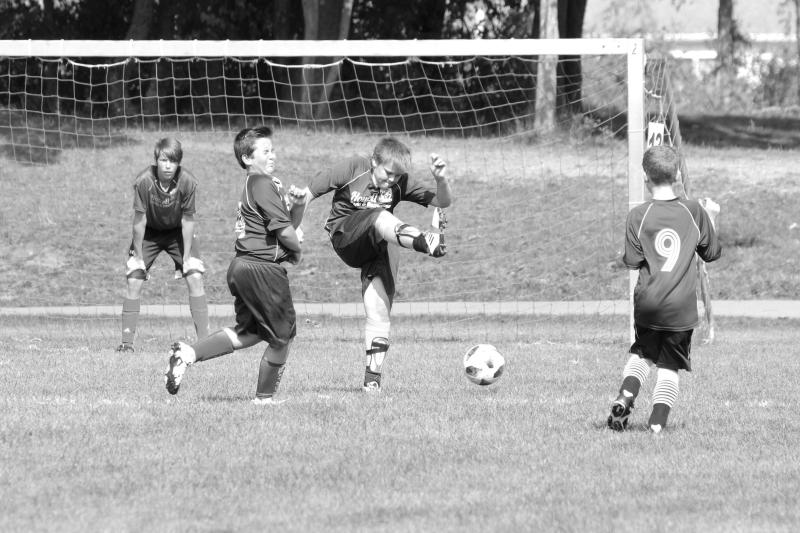 Soccer 092_bw