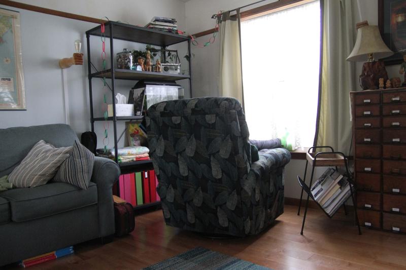 B_chair 004