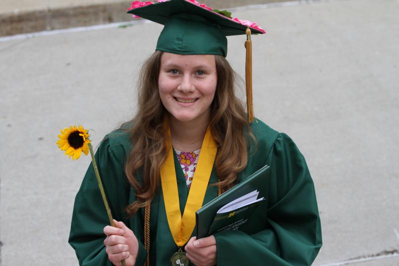 Graduation 128