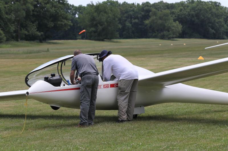 Glider flight 032