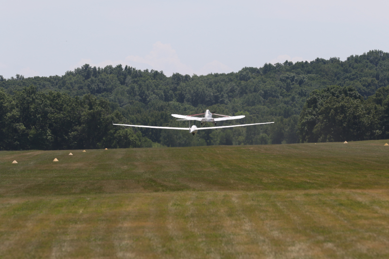 Glider flight 084